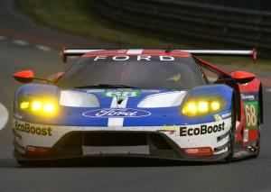 Ford causou polêmica ao ser muito mais rápida e patrolar o grid nos GTs